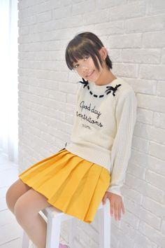 Pretty Girls, Cute Girls, School Girl Japan, Cute Japanese, Cute Girl Outfits, Young Models, Tween, Asian Beauty, Cheer Skirts