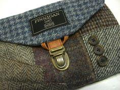 Чехлы для гаджетов и сумки из пиджаков