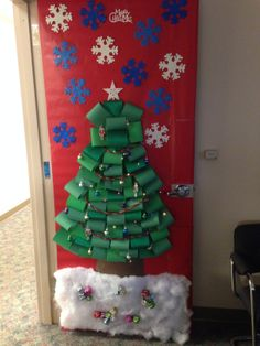 office christmas door decoration contest christmas tree scene with working lights