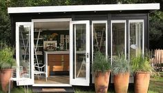 'She Sheds' Are the New Man Caves Or simply make it about chilling out No dirt allowed in this elegant hideaway. Read more: 'She Sheds' Are the New Man Caves Backyard Studio, Backyard Sheds, Garden Studio, Garden Sheds, Studio Hangar, Outdoor Spaces, Outdoor Living, Outdoor Office, Studio Shed