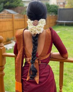 South Indian Blouse Designs, Fancy Blouse Designs, Saree Blouse Designs, South Indian Wedding Hairstyles, Indian Hairstyles, Straight Hairstyles, Saree Hairstyles, Bride Hairstyles, Bridal Sarees South Indian
