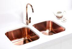 Alveus Monarch Variant 40 Copper, undermount sink Alveus Variant 40 kitchen sink, stainless steel in COPPER finish, and Alveus Slim kitchen mixer tap, chrome in COPPER finish. #coppersink