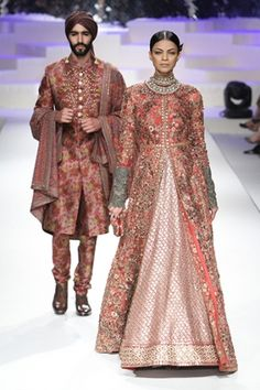 Sabyasachi Mukherjee. A/W 15'. Indian Couture.