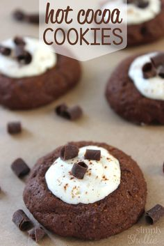 These chocolate hot cocoa cookies with their gooey marshmallow icing taste just like a cup of warm hot cocoa. They are chewy, chocolatey and oh-so-yummy.