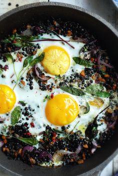 soczewica z jajkiem