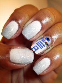 May Tri Polish Challenge, Day 4, R2D2, nerd, nerdy, Star Wars, nails, nail art, nail design, mani