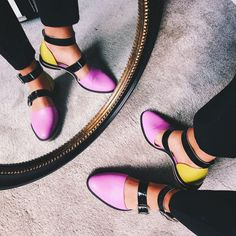 Closed-toe candy sandals by INCH2