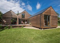 Baca's flood-resilient home beside an Oxfordshire brook