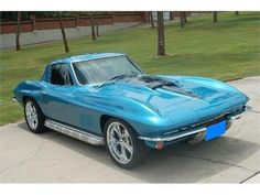 The 1967 corvette is a car that has been in my family for a very long time. My dad had a corvette and now has a corvair. It is fast and is good on handling, oh and do not forget cool altogether. Chevy, Chevrolet Corvette, Sexy Cars, Hot Cars, Vintage Cars, Antique Cars, Classic Corvette, Motor Car, Custom Cars
