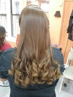 Flipped Hair, Hair Flip, Silky Hair, Curled Hairstyles, Curls, Long Hair Styles, Hot, Beauty, Beautiful