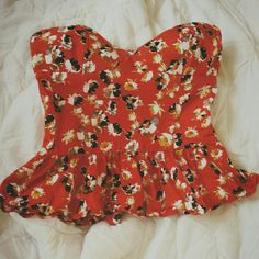 Lovely Floral peplum top Lining around top to prevent slipping. Machine washable :) Very cute top, just too big for me now. Xhilaration Tops