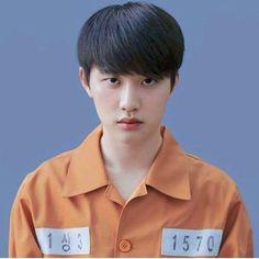 Au idea, dunno if all-u is involved. Kyungsoo is a criminal. Kyungsoo, Kaisoo, He Makes Me Happy, Xiuchen, Exo Korean, Do Kyung Soo, Kim Junmyeon, Fandom, Exo Members