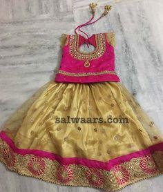 Baby dress pattern indian 40 new Ideas Kids Lehanga Design, Girls Frock Design, Baby Dress Design, Kids Frocks Design, Baby Lehenga, Kids Lehenga Choli, Net Lehenga, Lehenga Blouse, Sarees