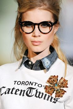 Dsquared. I swear the nerd look is in :) #fashion #trends #eyewear