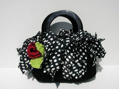 Hey, I found this really awesome Etsy listing at https://www.etsy.com/listing/30030494/fringe-handbag-knitting-patterns-fringe