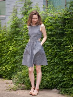 Bonnell Dress | Pattern to sew this cool chambray dress