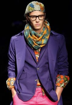 My favorite outfit....great color contrast