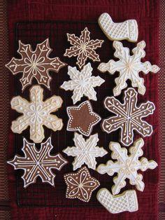 Beautiful Snowflake Sugarcookies - lots of tips and recipes (in the comments) - Sugarcookies, Chocolate Sugarcookies, Gingerbread Cookies, Icings
