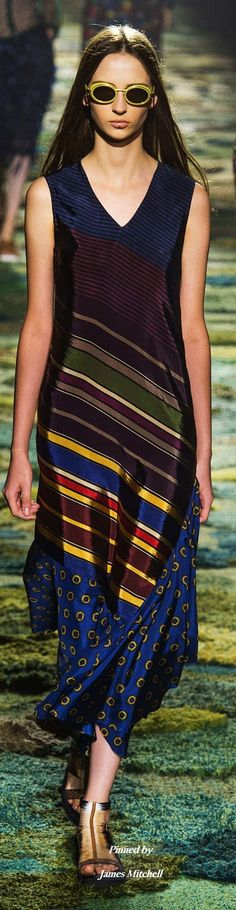 Dries Van Noten Collection Spring 2015 Ready-to-Wear