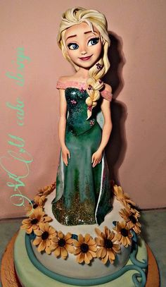 Disney Frozen Cake, Anna Frozen, Torte Frozen, Sugar Art, Amazing Cakes, Cake Toppers, Cupcake Cakes, Fondant, Valentino