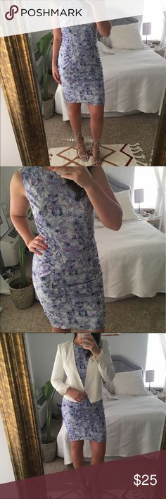 """Fitted Dress 🌸 Gorgeous Hal Rubenstein dress with beautiful pattern. Very flattering dress, great for curves. Perfect dress for work or play, very versatile! 40"""" in length. Nothing wrong, like new! Only worn once for Easter. Just has not been used, needs a good home!  ❤️ No Trades ❤️ Reasonable offers accepted ❤️ If it doesn't fit, just resell!  ❤️ Enjoy!! Hal Rubenstein Dresses"""