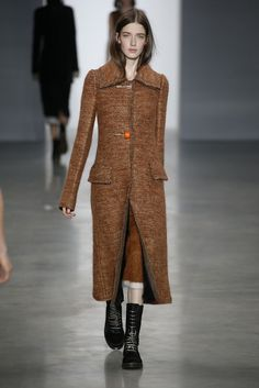 Calvin Klein Collection RTW Fall 2014 - Slideshow - Runway, Fashion Week, Fashion Shows, Reviews and Fashion Images - WWD.com