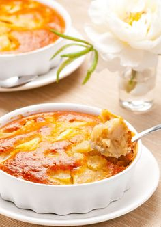 Clafoutis pommes amandes - Abd My Site Apple Recipes, Meat Recipes, Crockpot Recipes, Snack Recipes, Dessert Recipes, Bon Dessert, Grilling Gifts, Köstliche Desserts, Autumn Desserts