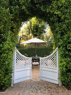 If you want to make a fabulous entrance, you need a great garden gate! Whether they're functional or decorative, garden gates can make a big artistic Garden Entrance, Garden Doors, Entrance Gates, Outdoor Rooms, Outdoor Gardens, Outdoor Living, Garden Gates And Fencing, Garden Paths, Arbor Gate