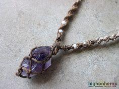 Raw Amethyst Necklace Healing Jewelry Natural Hemp di HighonHemp