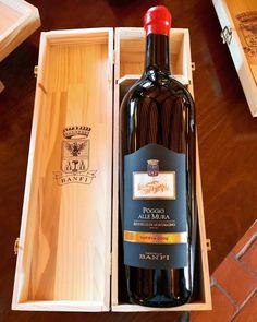 #wine #winelover #tuscanyinlimo #montalcino #valdorcia #tuscany #winetasting #winery #castellobanfi #travel #travelphotography #italianstyle #winecountry