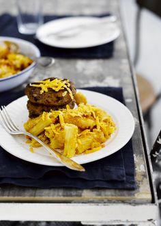 Savuchilijauhelihapihvit ja mac & cheese Mac And Cheese, Pasta Dishes, Cheddar, Risotto, Waffles, Easy Meals, Pie, Breakfast, Desserts
