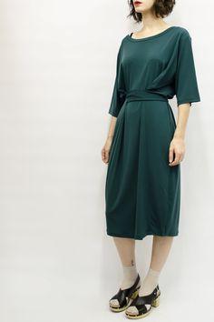 Dress Nishi in Super Jersey Colors