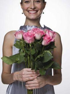 Cultivo y cuidados de rosas | eHow en Español