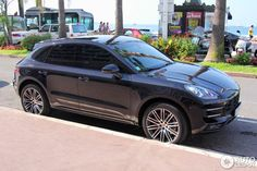 Porsche Macan Turbo 4