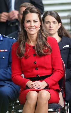 Kate Middleton Photos Photos: Prince William and Kate Middleton in Christchurch — Part 5 Looks Kate Middleton, Kate Middleton Photos, Prince William And Kate, William Kate, Divas, Princesse Kate Middleton, Princesa Real, Herzogin Von Cambridge, Royal Fashion