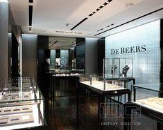 JE02 Black Sit Down Clear Glass Jewelry Display Case