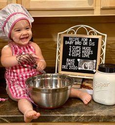 Second Child Announcement, 2nd Pregnancy Announcements, Creative Baby Announcements, Rainbow Baby Announcement, Christmas Baby Announcement, Baby Announcement Pictures, Sibling Announcement, Christmas Baby Reveal, Baby Shower