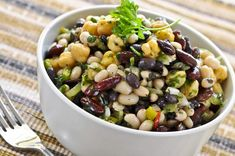 Heirloom Bean Salad with Smoky Sun-Dried Tomato Vinaigrette - Blue Zones Blue Zones Recipes, Zone Recipes, Food Processor Recipes, Plant Based Diet, Plant Based Recipes, Four Bean Salad, Smoothies Vegan, Whole Food Recipes, Healthy Recipes