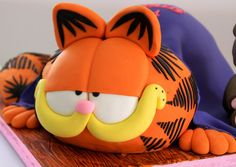 Celebrate with Cake!: Garfield Cake