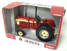 1/16th International 460 Utility Diesel Collector Edition