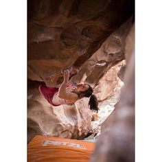 www.boulderingonline.pl Rock climbing and bouldering pictures and news #PetzlTeam Member @a