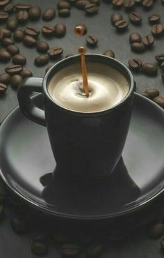 Caffeine Legumes, Soil Gourmet coffee, Flavoured and Espresso Coffee Latte, I Love Coffee, Coffee Break, My Coffee, Coffee Drinks, Coffee Time, Morning Coffee, Coffee Cups, Cafe Coffee Day