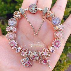 Pandora Jewelry, Pandora Charms, Bracelet Designs, Luxury Jewelry, Diy Painting, Abstract Art, Jewellery, Bracelets, Pretty
