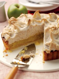 Phil Vickery's Bramley Apple Spiced Meringue Pie | Bramley Apples - Nice Twist on a classic lemon meringue pie