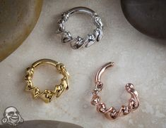 14K gold twisted septum clicker