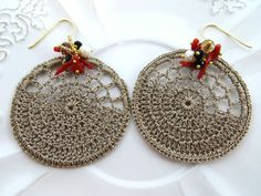 Orecchini all'uncinetto con corallo rosso di Torre del Greco, perle e swarovski. http://www.ebay.it/itm/Sofias-bijoux-Orecchini-con-macrame-corallo-perle-e-swarovski-Argento-925-/251300420678?pt=Gioielli_Donna_e_Unisex&hash=item3a82ac1c46&_uhb=1