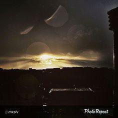 #Torino raccontata dai cittadini per #inTO Foto di @mxslv l'alba su Torino!