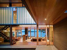 Courtyard House contemporary deck