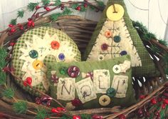 Primitive Christmas Decorating Ideas | Primitive Country Stitchery Christmas bowl fillers .. set of 3....