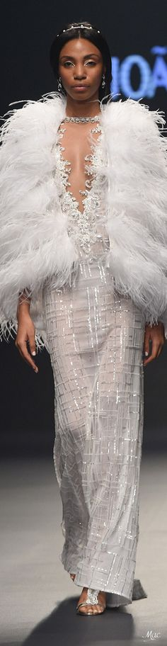 Spring 2018 RTW Joao Rolo White Elegance, White Chic, Beautiful Gowns, Beautiful Outfits, Beautiful Bride, Fashion Capsule, White Gowns, White Fashion, Dream Dress